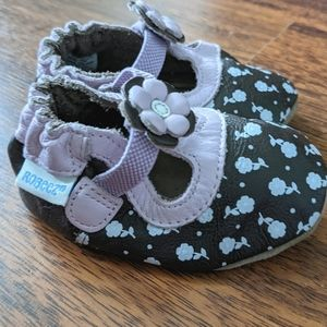 Robeez leather brown and pink flower shoes